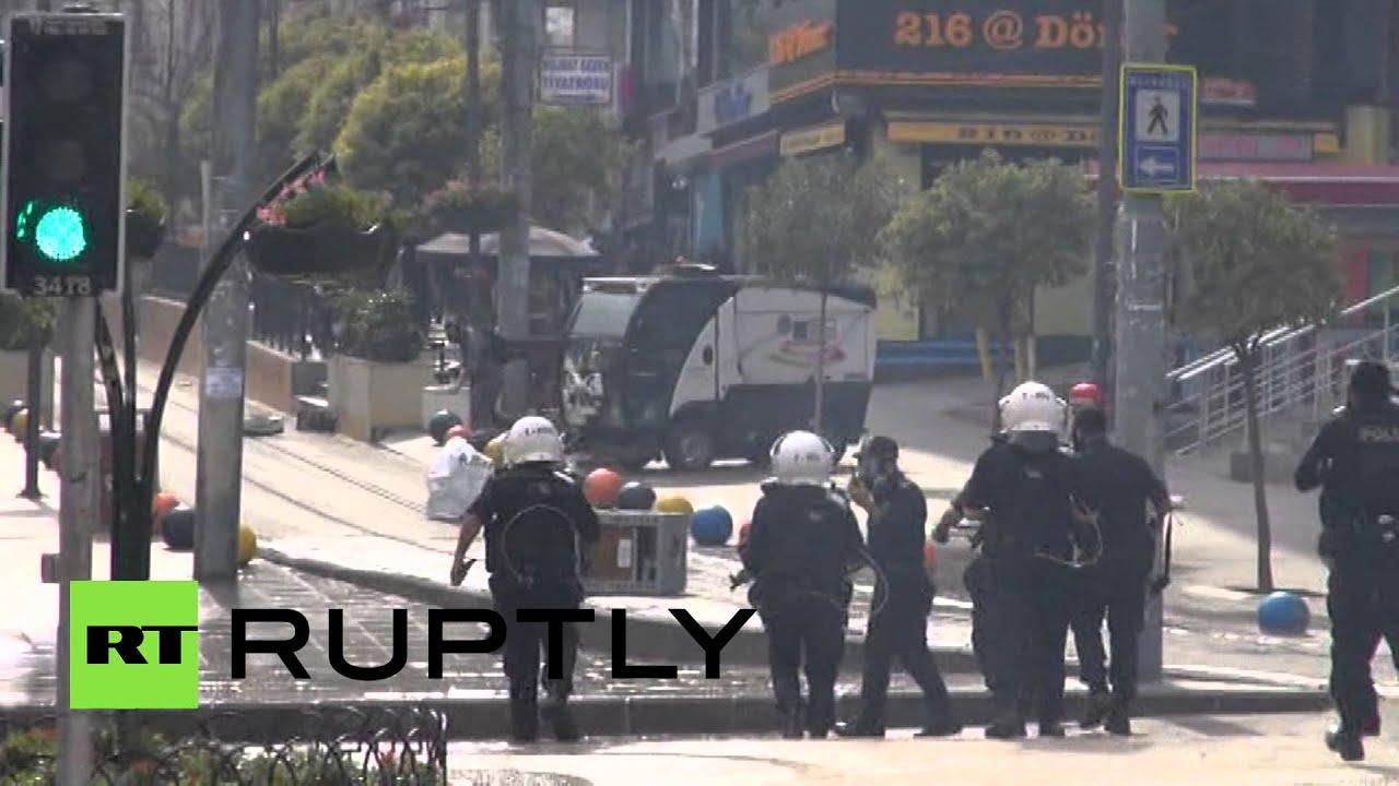 В ходе протестов в Турции погибли 15 человек