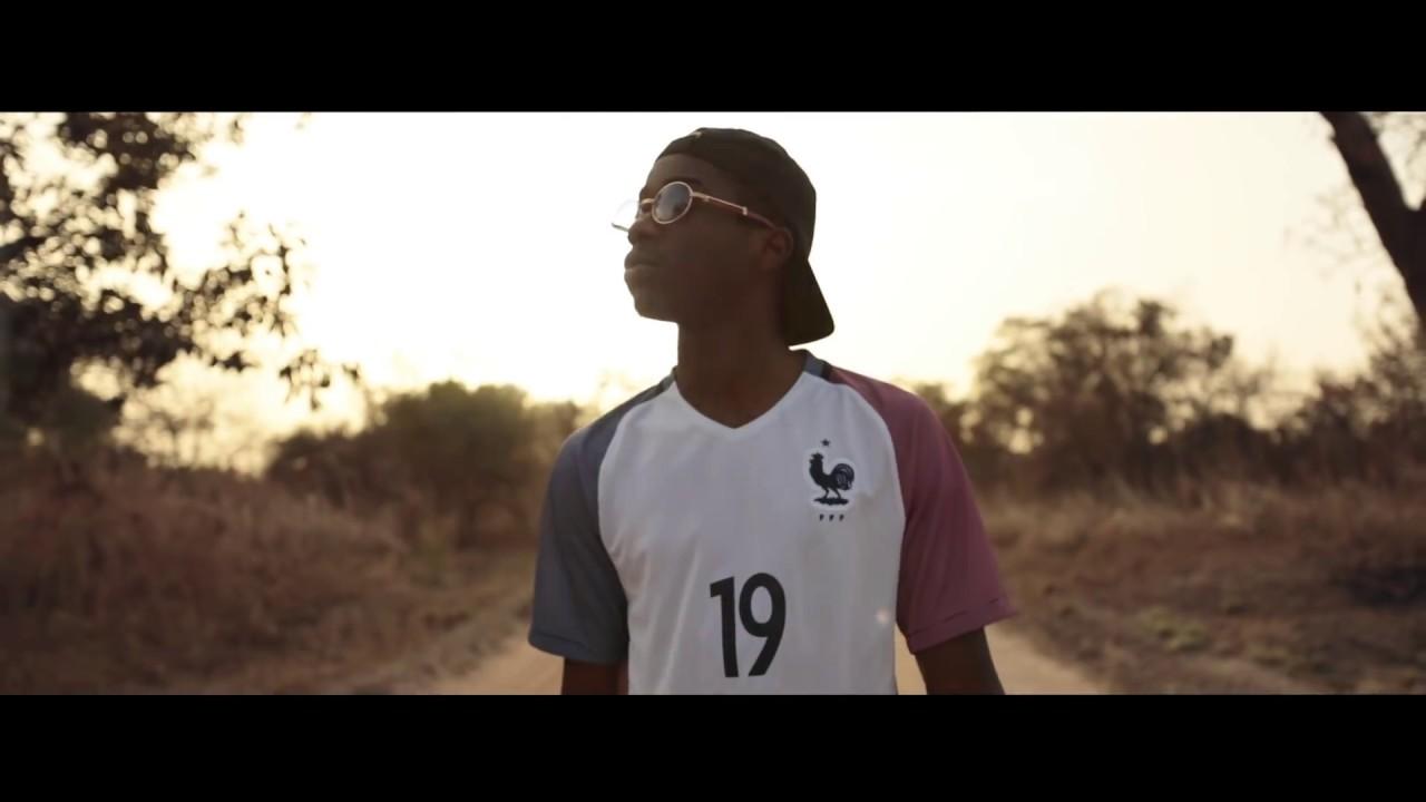 Teaser album 19 - Intro Mansa feat. Salif Keïta