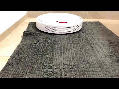 Xiaomi Vacoom Robot With Carpets 1/2