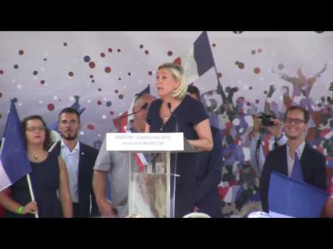 """Marine Le Pen : """"La République ne reconnaît aucune communauté !"""""""