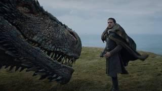 Джон Сноу погладил дракона Дейнерис