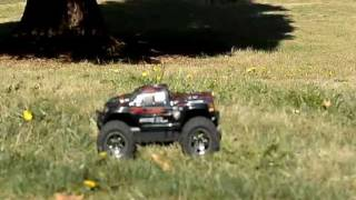 Hpi savage flux xs vs erevo vxl mini 1/16 BEST VIDEO ON UTUBE CRAZY BASH