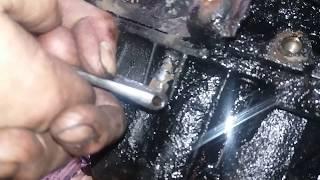 видео Болт крепл. хомута насос-форсунки 1372358