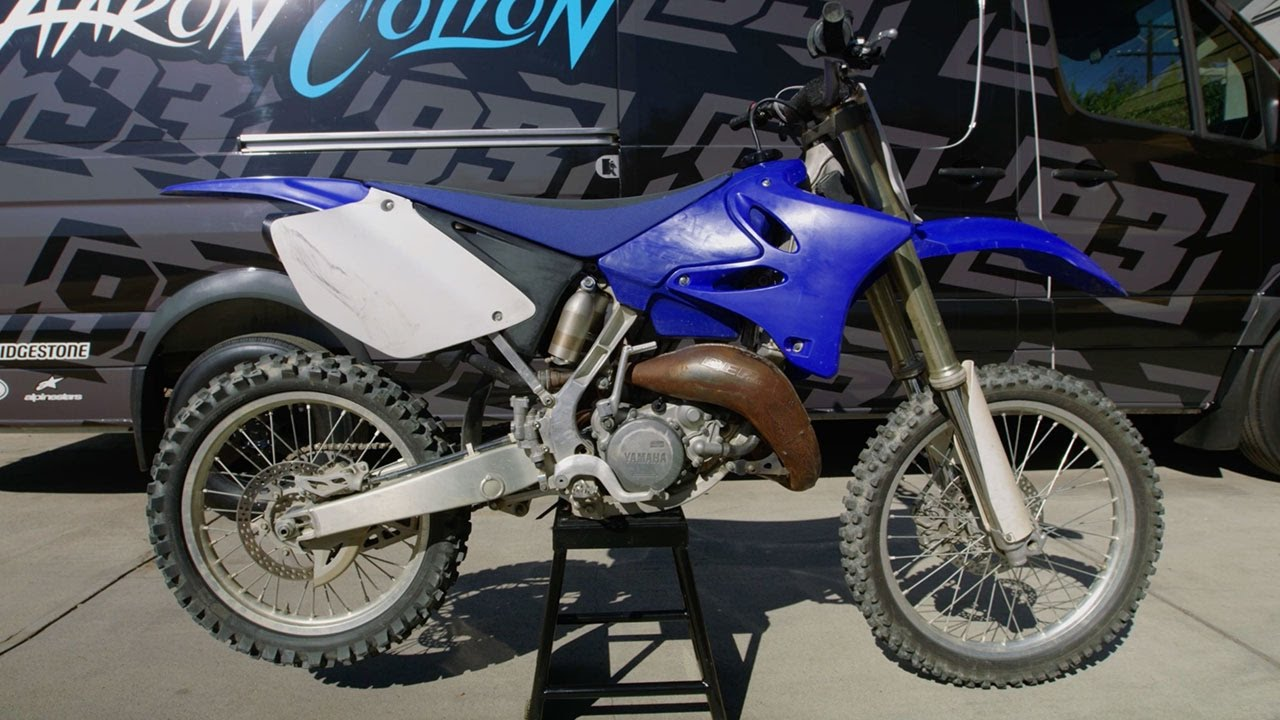 Project Two-Stroke Pt 1: Watch Aaron Colton Fully Rebuild a 2006 Yamaha  YZ125
