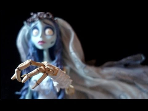 Unboxing Tim Burton's Corpse Bride -Victoria-Victor-Emily