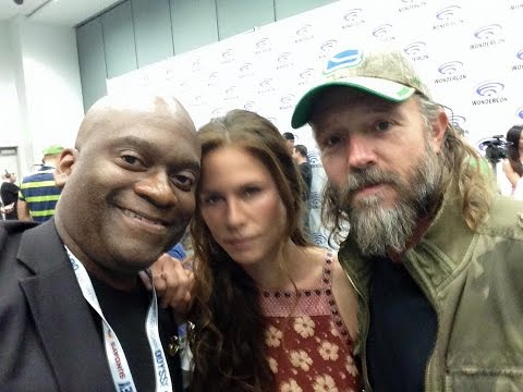"Rhona Mitra, John Pyper Ferguson Talk ""The Last Ship"" At WonderCon 2015"