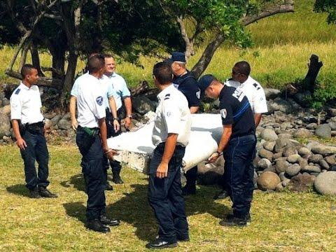 Wing debris same as missing Malaysia plane