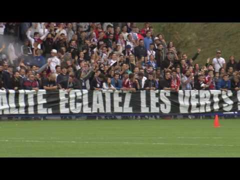 OL - ASSE : les supporters lyonnais au centre d'entraînement avant le derby