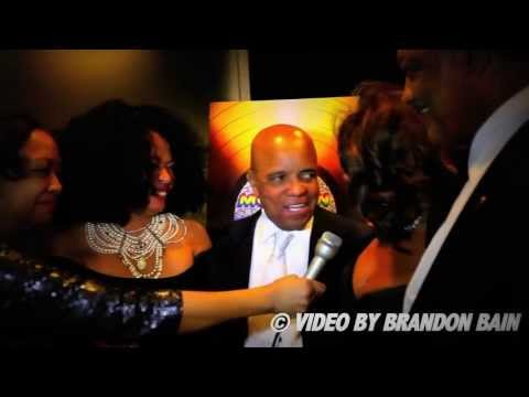 Supremes Reunion 2013: Diana Ross and Mary Wilson kiss Berry Gordy