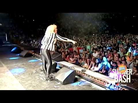 Demi Lovato - Made In The USA  B96 Pepsi Summerbash Live