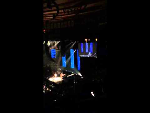 Bass solo at Eric Clapton concert