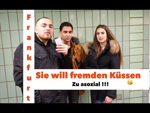Download Sie kü*st Fremden für 60€ I FRANKFURT CANGEIL I STREET COMEDY