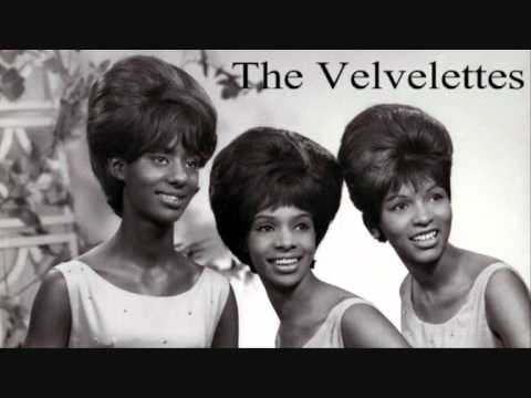 Velvelettes ~ Throw A Farewell Kiss