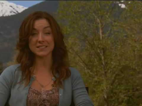 Hallmark Channel  Mrs Miracle  Erin Karpluk 1