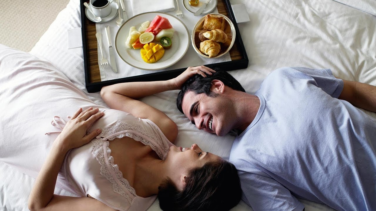 video-utrom-v-posteli