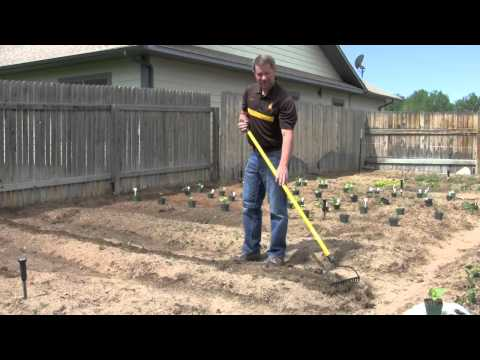 Barnyards and Backyards   Small Acreage Resources
