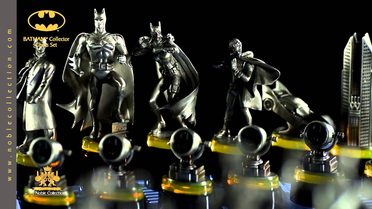 Nn4209 Batman Collector Chess Set From The Noble Collection