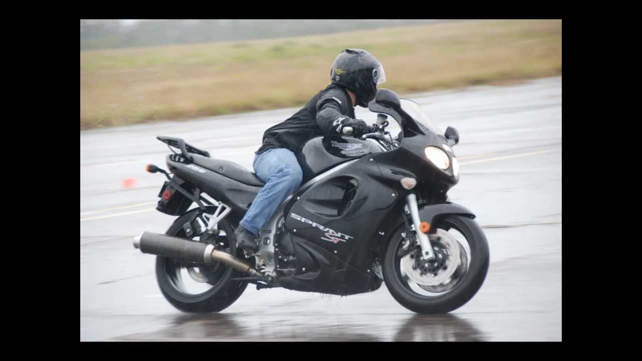 triumph sprint st review and saying goodbye - youtube