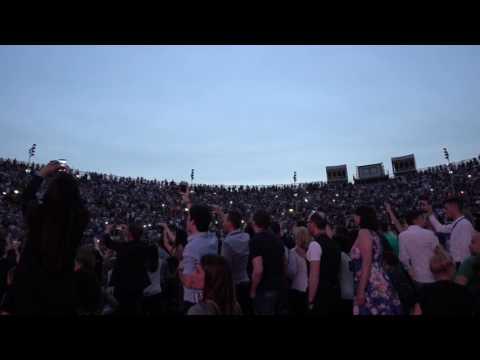 Hello - Adele live in Italy @ Arena di...