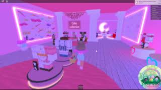 Royal High Egg Hunt - K0maki's Garden Home Store - Roblox - She is so cute!!!!!