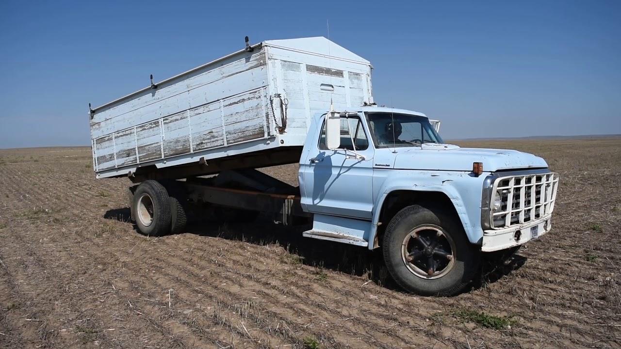 1969 ford f750 truck [ 1280 x 720 Pixel ]