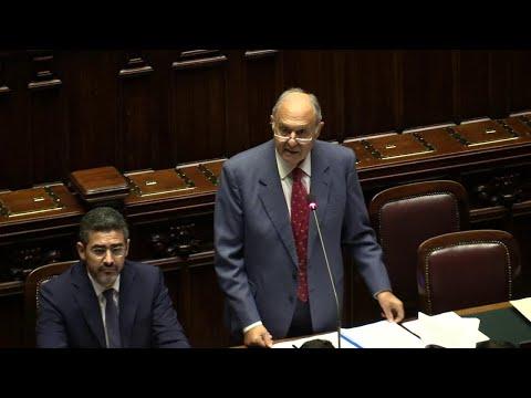 """Def, Savona: """"All'Italia serve New deal come quello di Roosevelt"""""""