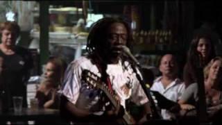 Baixar A voz - Mauricio Tizumba e Trio