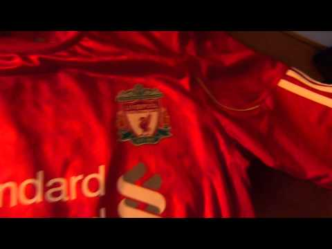 quick-look-at-the-liverpool-fc-jersey-10-12-(suarez)-hd