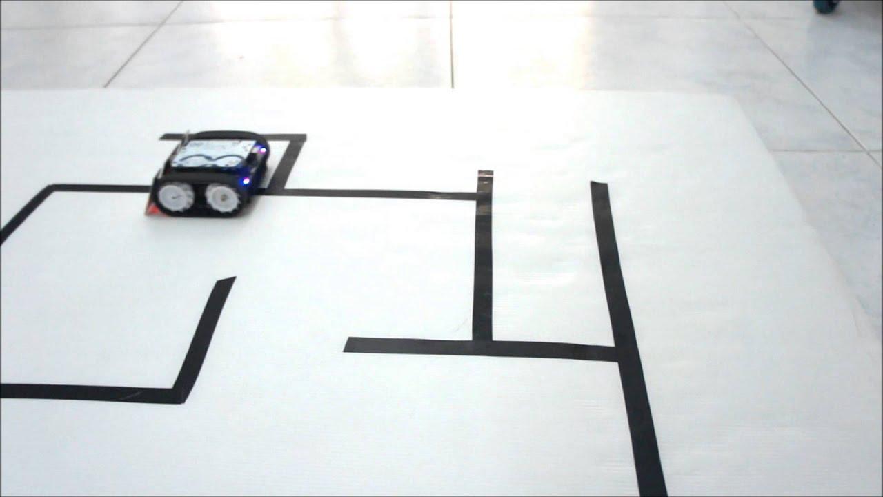 Robot resuelve laberintos youtube