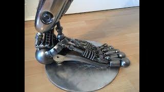 I BUILT A ROBOT