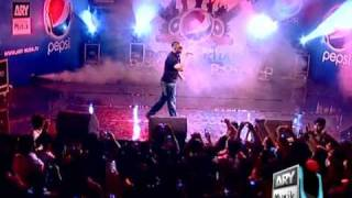 Amplifier - Imran Khan Live in Concert