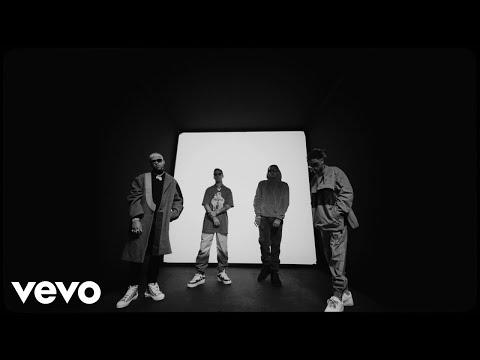 Sky, Jhay Cortez, Leebrian – A Vapor (Letra) ft. Mora