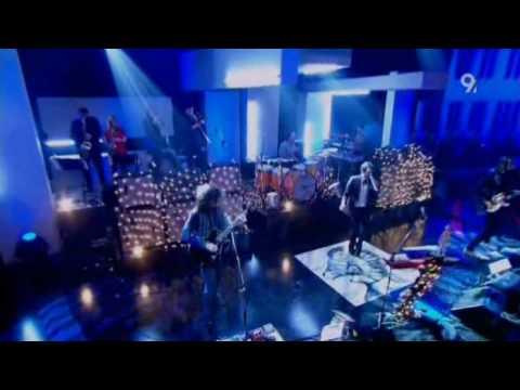 The Killers - Bones (Live Jools Holland 2006) (High Quality Video) (HQ)