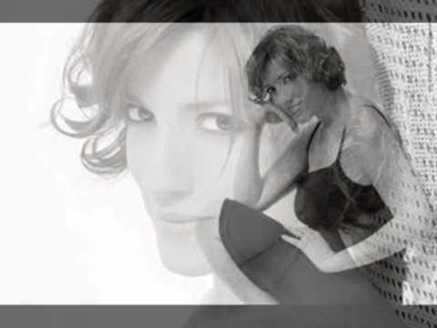 Ligia Piro - Sentida canción