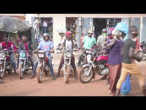 Guinée, Le phénomène des moto-taxis