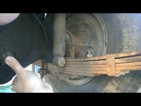 Как долить, налить и проверить уровень масла в заднем мосту Mitsubishi canter