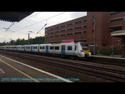 Trains at Welwyn Garden City 26/07/2018