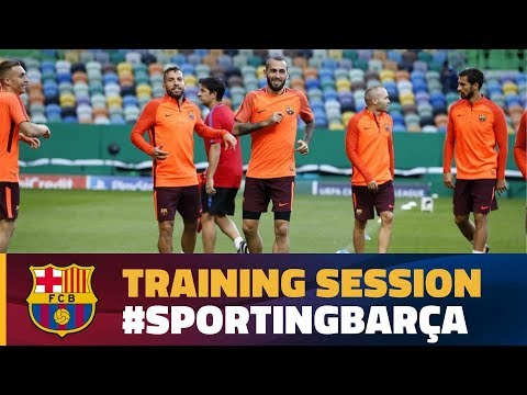 Training session in Lisboa ahead of the Champions League match against Sporting Clube