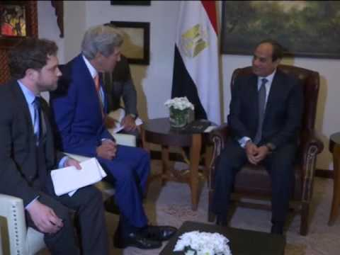 ����� Kerry meets Egypt's President Sisi in India