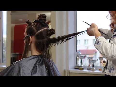Классическая стрижка на длинные волосы в технике DEMETRIUS