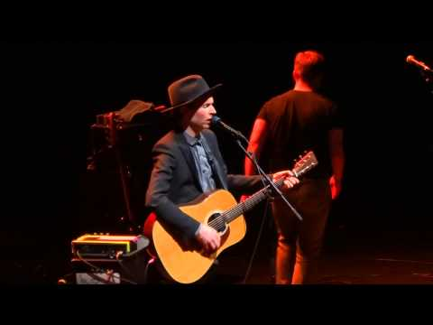 Beck feat. Nico Godin (Air) - Sunday Morning (HD) Live In Paris 2013