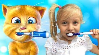 Девочка играет с котиком Томом - сборник веселых историй от Евы и Алисы