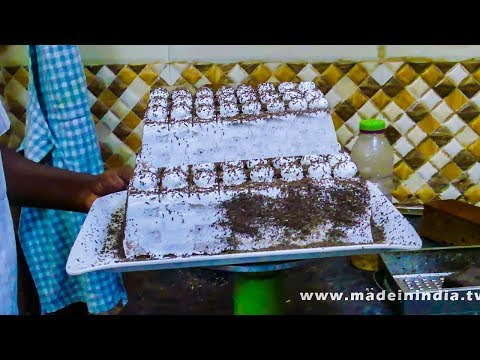 YAMMY CHOCOLATE PASTRY CAKE | BAKERY FOODS IN INDIA | STREET FOODS IN INDIA
