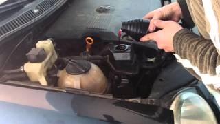 Troca do fluido da direção hidráulica Polo/Fox (parte 3/4)