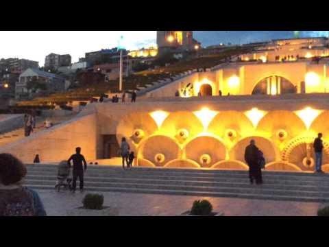 Yerevan, 08.05.16, Su, Video-1, (на рус) Матенадаран, Каскад