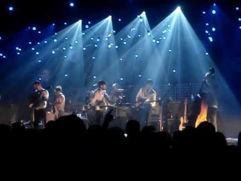 Mumford & Sons feat. Dawes and Piff The Magic Dragon - Awake My Soul - Portsmouth, 22.11.12