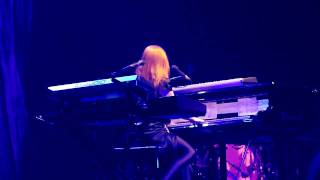 Tori Amos - Smokey Joe - Paris 2009