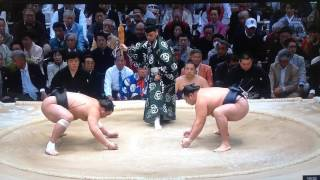 The final match of the Osaka basho is a somewhat inconsequential yo...