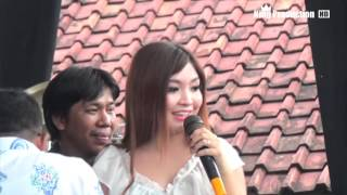 Video Wanita Idaman Lain -  Yuli Yolanda - Arnika Jaya With Chodot Izzo Live Tanjung Brebes download MP3, 3GP, MP4, WEBM, AVI, FLV Oktober 2017