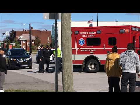 Michigan st and Broadway crash BMW vs Chevy trailblazer South Bend Indiana (cop watch)